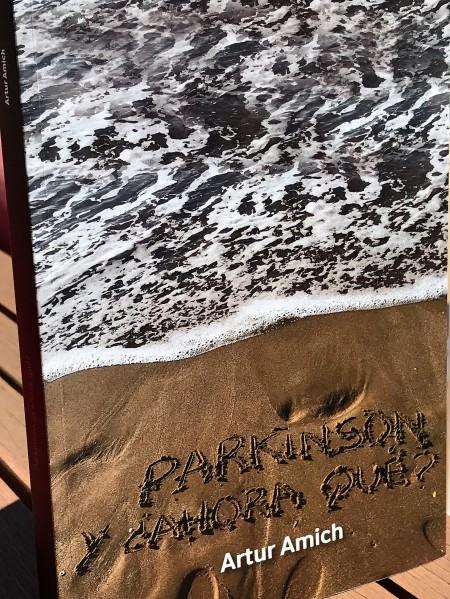 FOTO 2 ARTUR PROMOCION LIBRO 14 MAYO